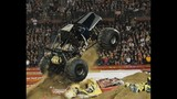 Advance Auto Parts Monster Jam 2012 - (23/25)