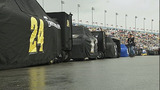 Slideshow: Fans disperse after race postponed - (10/10)