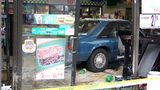 Car crashes into Melbourne convenience store - (5/5)