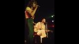 Who guitarist pens memoir - (9/21)