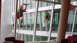 High flying elves wash windows at Nemours… - (8/10)