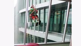 High flying elves wash windows at Nemours… - (7/10)