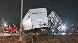 Photos: Tractor-trailer crash on I-4 - (3/10)