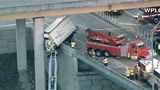 Photos: Truck dangles off I-95 overpass - (4/6)