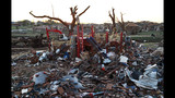 Scenes of devastation from Oklahoma town - (22/25)