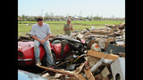 Scenes of devastation from Oklahoma town - (12/25)