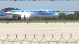 Photos: 787 Dreamliner lands at Sanford Intl. Airport - (13/15)