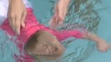 Photos: Infant swim lessons - (7/8)