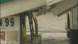 Photos: Roof collapses at BP gas station - (4/10)