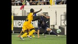 City trounces Pittsburgh in playoff opener - (20/25)