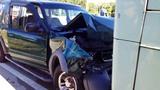 Photos: SUV crashes into Lynx bus - (3/5)