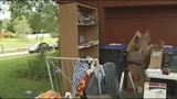 Photos: Family holds garage sale due to gov. shutdown - (5/7)