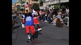 UCF Knights honored with Disney Parade - (7/25)