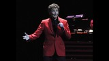 Manilow wows Amway Center crowd - (9/19)