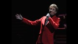Manilow wows Amway Center crowd - (10/19)