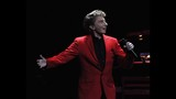 Manilow wows Amway Center crowd - (7/19)