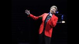 Manilow wows Amway Center crowd - (14/19)