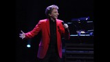 Manilow wows Amway Center crowd - (15/19)