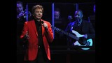 Manilow wows Amway Center crowd - (6/19)