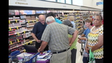 Photos: Tom Terry visits Palm Bay Walgreens - (1/25)
