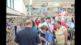 Photos: Tom Terry visits Palm Bay Walgreens - (9/25)