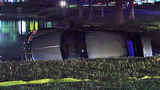 Photo: Woman crashes car into pond - (1/9)