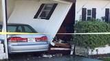 Photos: Car crashes into S. Daytona home - (1/3)