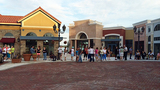 Photos: Customers line up for Winter Park… - (4/6)