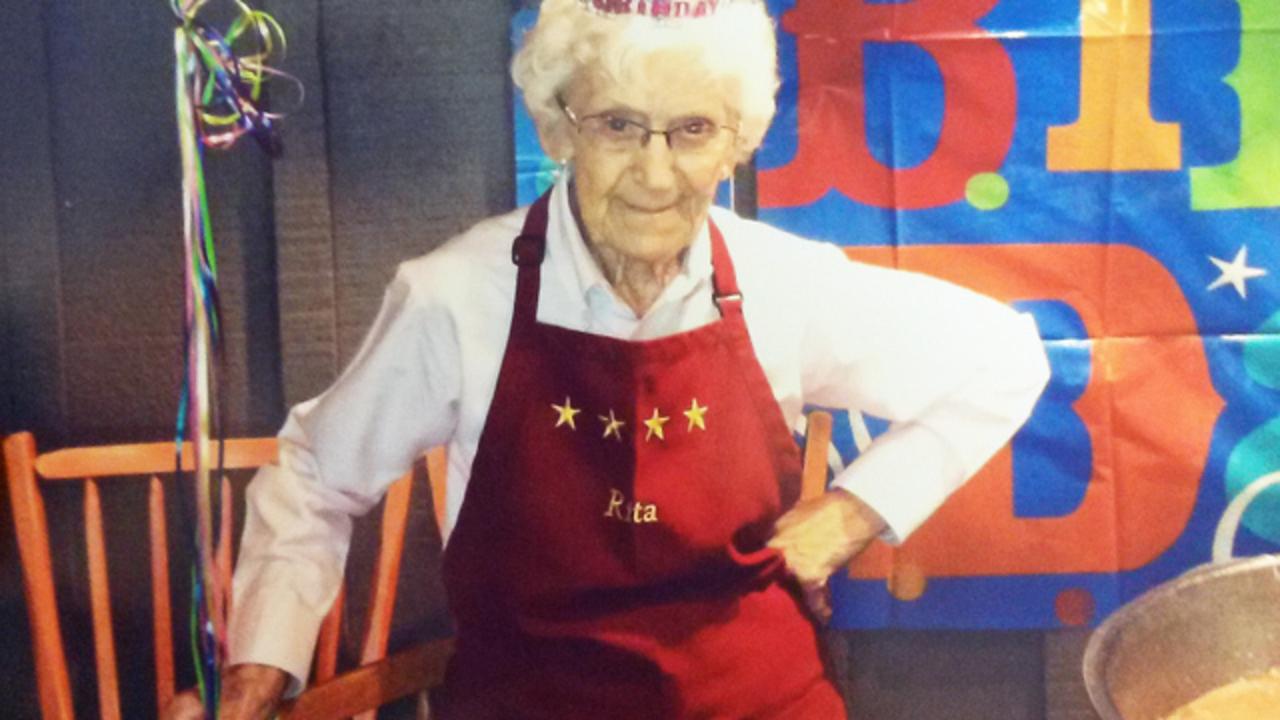 ocala cracker barrel celebrates hostess th birthday at ocala cracker barrel celebrates hostess 97th birthday at restaurant wftv