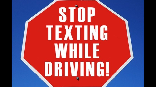 should texting while driving be banned