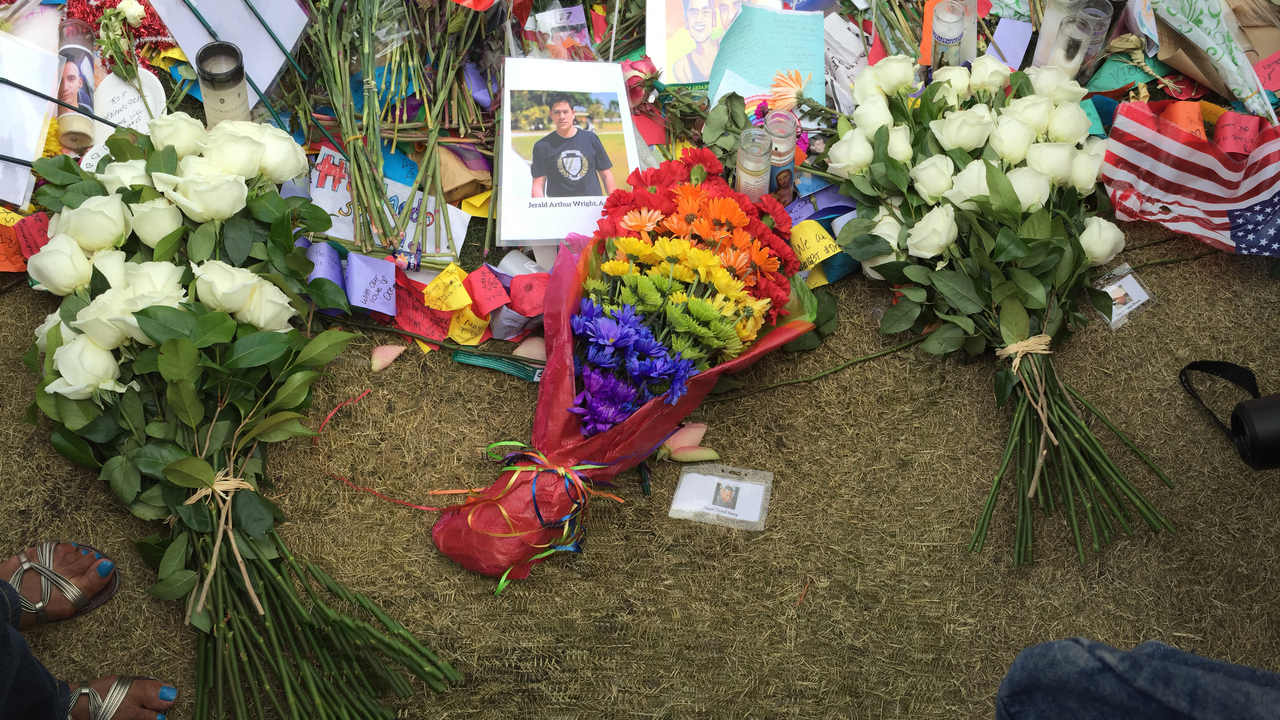 Orlando preserves memorial items for Pulse nightclub victims ...