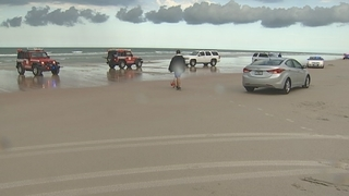 Officials ID Georgia woman killed by lightning at Volusia County beach