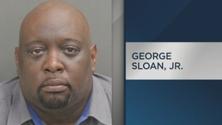 Orlando bank employee caught stealing from customers, police say