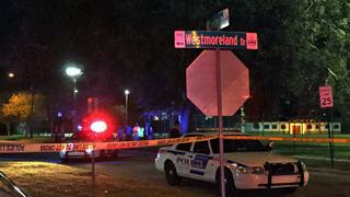Police: 3 injured in Orlando shooting