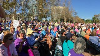 Thousands gather at women