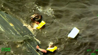 2 men rescued from Lake Harney after boat capsizes