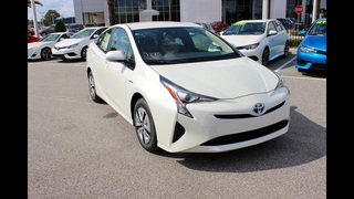 Toyota dominates hybrid car sales in 2016