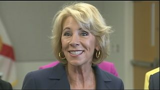 Betsy DeVos hosts roundtable discussions with Valencia College students