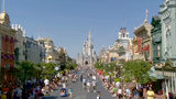 Video: Disney workers meeting again for pay increases ahead of union negotiations with company