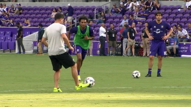 new rivalry orlando city atlanta united face off for 1st time wftv wftv. Black Bedroom Furniture Sets. Home Design Ideas