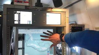Video: How meteorologists measure hurricanes