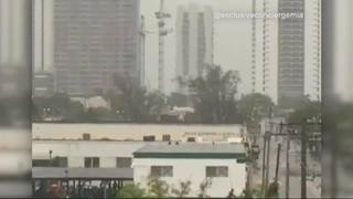 Video: Miami cranes spin as Irma nears