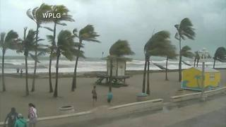 Video: Strong winds on Fort Lauderdale Beach ahead of Hurricane Irma