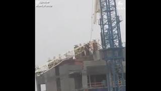 Video: Crane collapses in Miami during Hurricane Irma