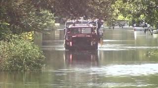 Raw: Flooding, rescues on Little Wekiva Road