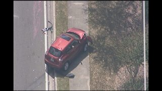 Burglary suspects crash at Orlando intersection, deputies say