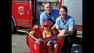 Orlando firefighters rescue toddler who locked himself in car