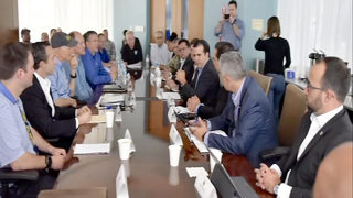 Gov. Scott meets with Central Florida leaders to discuss relief efforts for Puerto Rican evacuees