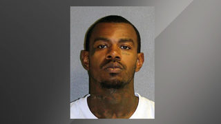 Man locked pharmacy workers in trunks, stole $65K in pills, deputies say