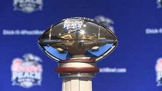 Peach Bowl: UCF puts perfect record on line against Auburn